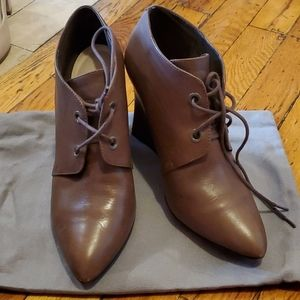 Clark leather ankle boots size 9